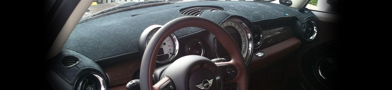 Một loại thảm phủ taplo ô tô phổ biến